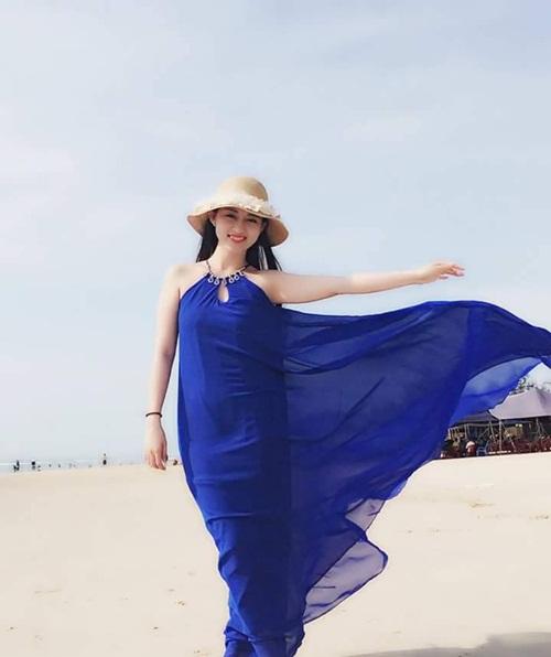 maxi xanh dương của biển và gió
