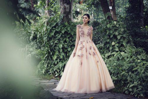 váy cưới màu PASTEL