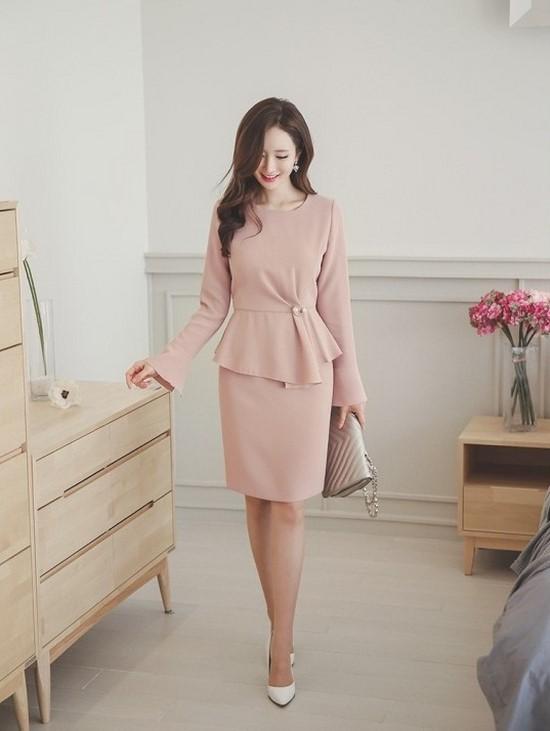 váy màu hồng