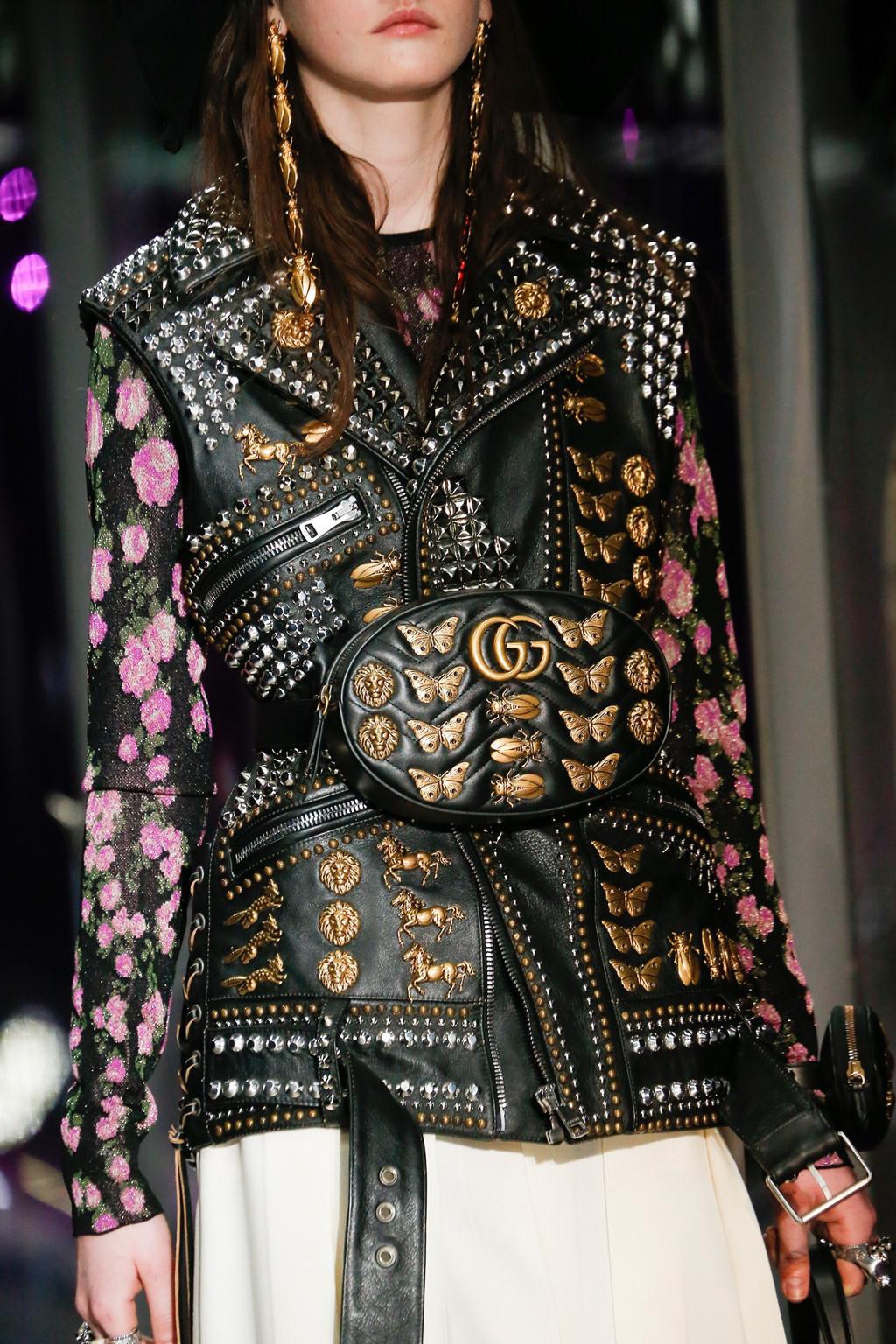 Mẫu thắt lưng túi xách được tín đồ thời trang lăng xê