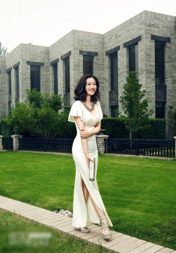 Bí quyết mặc đẹp khi đi dự tiệc cưới