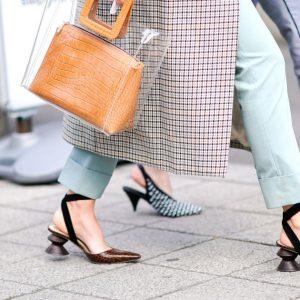 TOP 7 kiểu giày công sở HOT nhất cho các cô nàng hiện đại